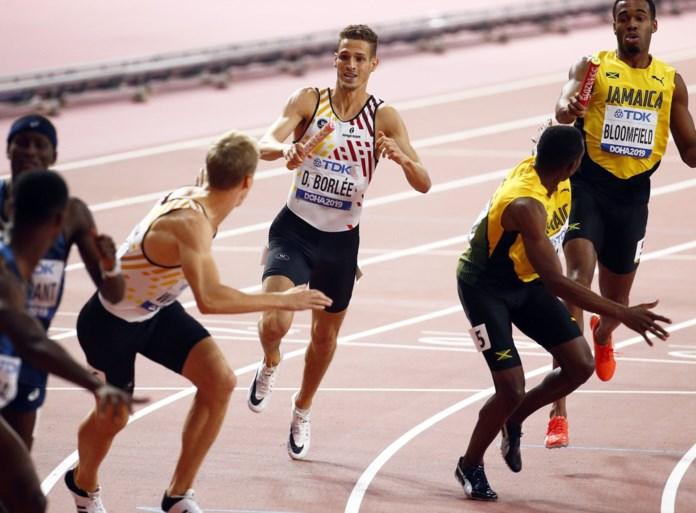 """Belgian Tornados pakken prachtig brons op 4 x400m, goud is voor superieure Verenigde Staten: """"Dit is de mooiste, dit is de medaille van de volharding"""""""