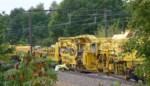 Duitse trein legt nieuwe dwarsliggers op lijn 139