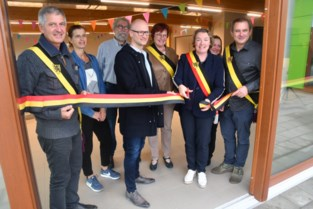 FOTO. Lintjes knippen in GBS De Waterleest