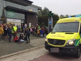 Schoolkinderen geëvacueerd na verdachte geur
