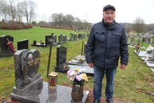 """Tijdelijke graven moeten dan toch na tien jaar weg: """"Ontgraving voor sommigen te emotioneel"""""""