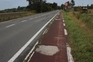 Eindelijk beterschap in zicht voor 'slechtste fietspaden van Vlaanderen': N35 wordt na 15 jaar wachten aangepakt