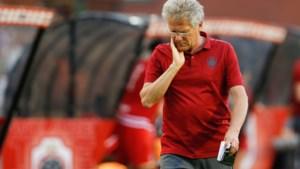 Het misverstand over Laszlo Bölöni: de trainer van Antwerp regeert helemaal niet met harde hand en arriveert soms zelf later dan zijn spelers