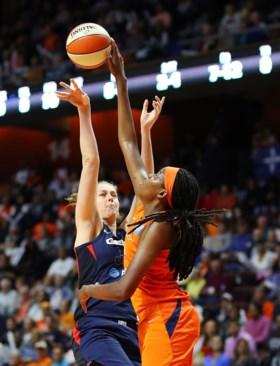 Nog geen WNBA-titel voor Emma Meesseman en Kim Mestdagh: Washington Mystics gaan onderuit onder de stress