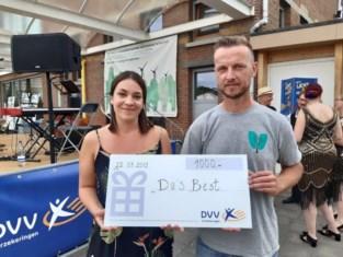 'Da's Best' ontvangt cheque van 1000 euro