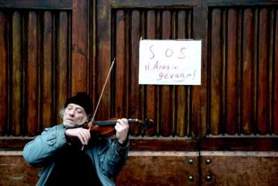 """Violist van Sint-Annakerk stopt ermee: """"Stadsbestuur zijn barbaren"""""""