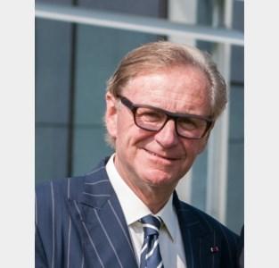 Willy Naessens rijgt eretitels aan elkaar: na ereburger van zijn gemeente nu ook Commandeur in de Leopoldsorde