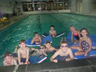 """Zwemclub staat op straat nu 'Flipper' sluit: """"Renovatie en nieuwbouw te duur, dus geen zwembad meer in Kortermark"""""""