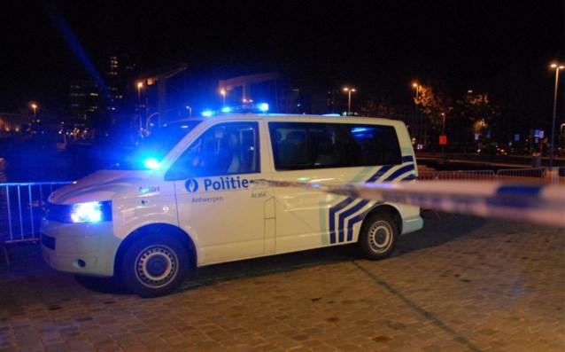 Zes maanden gevangenis voor vrouw die frontaal op politieblokkade inreed