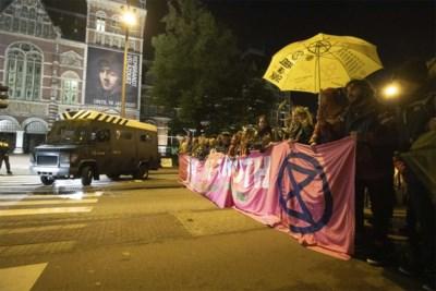 """'Milieurebellen' sluiten blokkeren van belangrijke wegen niet uit: """"Zaterdag vragen we koning Filip om klimaatnoodtoestand uit te roepen"""""""