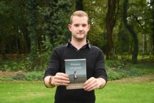 "Twintiger debuteert met avonturenroman: ""Dit boek is een kinderdroom die uitkomt"""