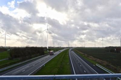 """""""Dit landschap is onze toeristische troef"""", en dus weigert Middelkerke de komst van 18 windturbines van 200 meter hoog"""