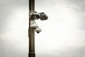 """Overheid gaat flitscamera's vervangen door trajectcontroles: """"Simpelweg veel efficiënter"""""""