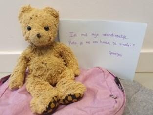 De Lijn vindt teddybeer in Hasselt en start zoekactie op sociale media