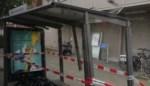 Bushalte sneuvelt omdat buschauffeur ertegen rijdt in Wilrijk