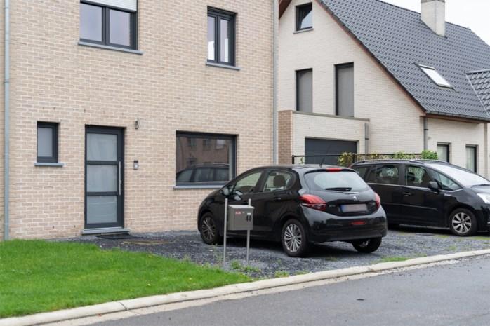 """Hier is het voortaan verboden te parkeren in voortuin als je nieuw rijhuis bouwt: """"Tuinen moeten groen zijn"""""""