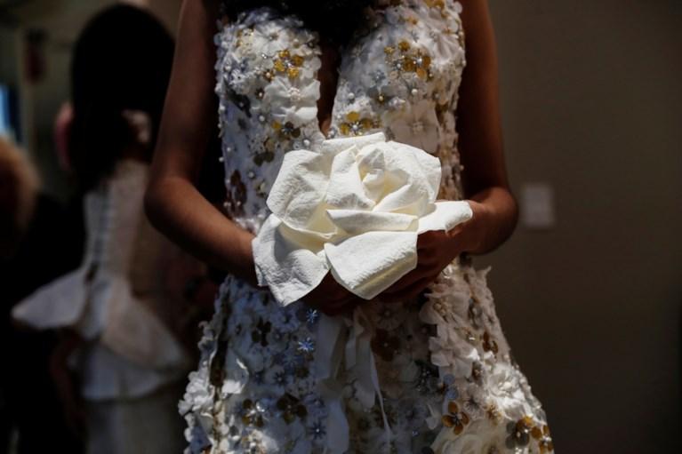 Dit is de mooiste trouwjurk… van toiletpapier