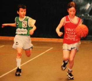 """Hier leerden sterspeelsters Emma en Kim basketten: """"Bij de jongens, om hard te worden"""""""