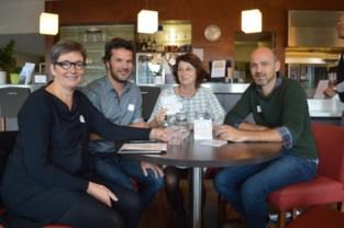 Netwerk Enchanté biedt kansarmen gratis koffie en luisterend oor aan