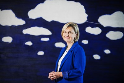 """Hilde Crevits transformeert van spits naar minister-coach: """"De partij moet vernieuwen, maar de C moet blijven"""""""