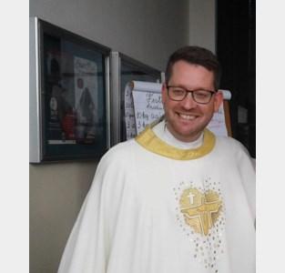 Pastorale Eenheid verwelkomt jonge priester