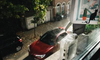 """Buurtbewoners monitoren zélf passerende auto's met 'telramen': """"Eindelijk harde bewijzen dat bestuurders hier te snel rijden"""""""