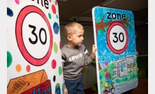 Kinderen ontwerpen zelf bord voor zone 30