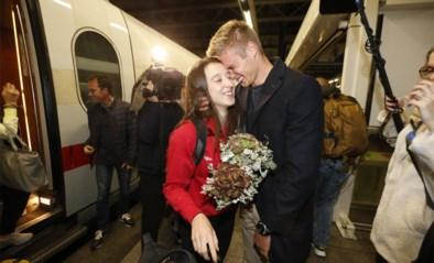 """IN BEELD. Nina Derwael terug in het land na """"hele intense, maar leuke week"""", vriend Siemen is apetrots"""
