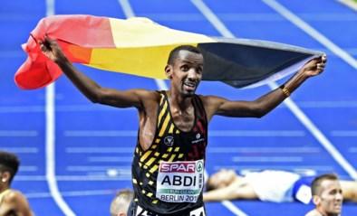 Straffe kost: Bashir Abdi stelt eigen Belgisch record gevoelig scherper en finisht als vijfde in de Chicago Marathon
