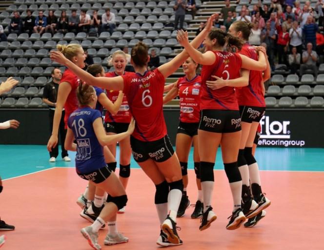 Eerste volleybaltrofeeën van het seizoen zijn voor Roeselare en Asterix