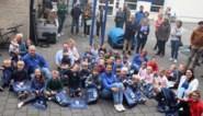 Feestcomité Zwevegem-Knokke gooit 30 kg snoep uit