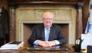 Burgemeester krijgt reisdocumenten ondanks faillissement Neckermann