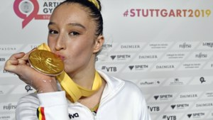 """Nina Derwael na het WK-goud in Stuttgart: """"Ik probeer nog niet te veel aan Tokio te denken"""""""