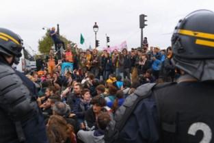 """Politievakbond eist gesprek met Brussels stadsbestuur: """"Linkse betogers mogen altijd meer dan rechtse. Dit kan niet meer"""""""