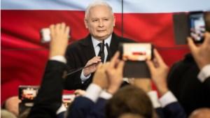 Nationaal-conservatieve partij PiS behaalt absolute meerderheid na Poolse parlementsverkiezingen