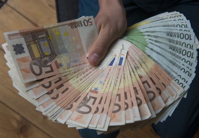Belgen verstopten 63 miljard in buitenland