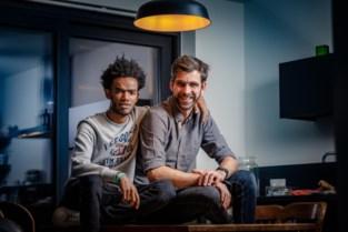 """Mechels buddy-project in heel Vlaanderen? """"Samen op café is beste om te integreren"""""""