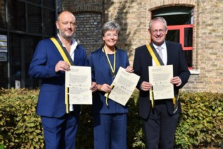 Drie nieuwe ridders in 't Manneke uit de Mane