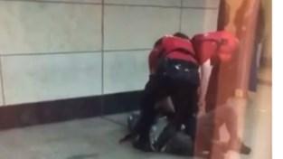 Videobeelden van hardhandig optreden veiligheidspersoneel gaan viraal: NMBS onderzoekt arrestatie