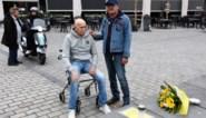 """Marnix (70) maakt plek op plaats waar stervende man aan lot werd overgelaten: """"Dat mensen zo onverschillig kunnen zijn"""