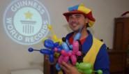 Clown Max gaat voor wereldrecord: hondje maken in minder dan 6,5 seconden