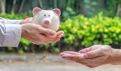 Vlaamse fiscus wordt strenger voor niet-geregistreerde giften: wat betekent dat voor jou, je (klein)kinderen en partner?