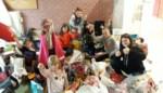 Deze kinderen spelen zelf voor Sinterklaas met ruim 1.000 stuks speelgoed die ze zelf hebben ingezameld