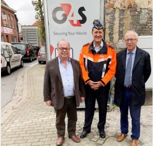 Mobiele vrachtwagensluis vat maand lang post in Nestor de Tièrestraat