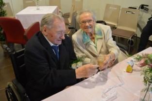 """Joseph en Maria geven elkaar na 66 jaar opnieuw ja-woord: """"Gelukkig moesten we niet eerst scheiden"""""""