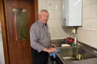 """Na zeventig (!) jaar zonder waterleiding is er nu sprankje hoop voor bewoners van deze wijk: """"Want dit is toch niet meer van deze tijd"""""""