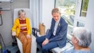 """Frank Deboosere bezoekt kankerpatiënten in Mechelen: """"Belangrijk om solidair te zijn"""""""
