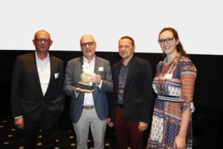 Bedrijf dat dieren en voedsel onderzoekt op veiligheid krijgt Kempense ondernemersprijs