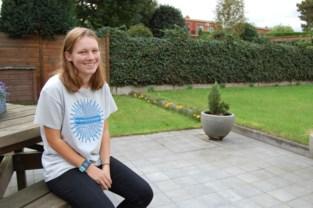 """Sam (19) loopt voor haar papa en voor alle andere kankerpatiënten: """"Het is alsof papa heropleeft"""""""