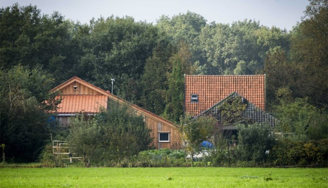 """Familie van Nederlands """"spookgezin"""" reageert voor het eerst: """"Drie kinderen zijn in 2011 al gevlucht van hun vader"""""""